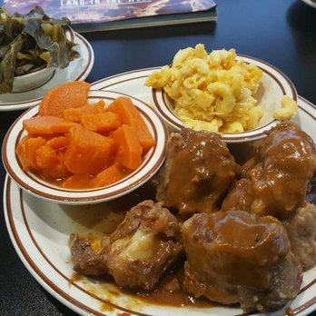 M M Soul Food Cafe 647 Photos 769 Reviews Soul Food 3923 W