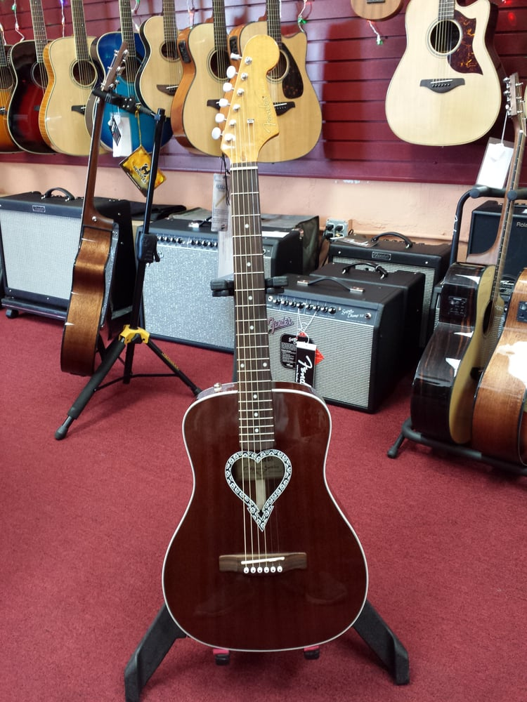 Fender California Series Heart Shape Sound Hole Dont Get Fool By