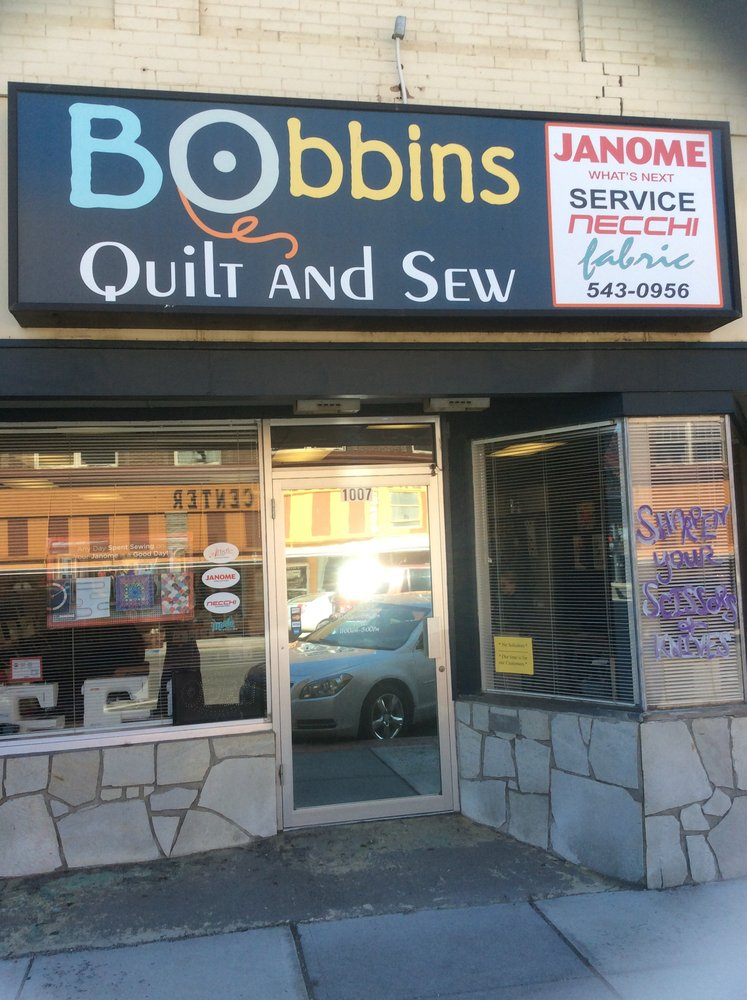 Bobbins Quilt and Sew: 1007 Main St, Buhl, ID