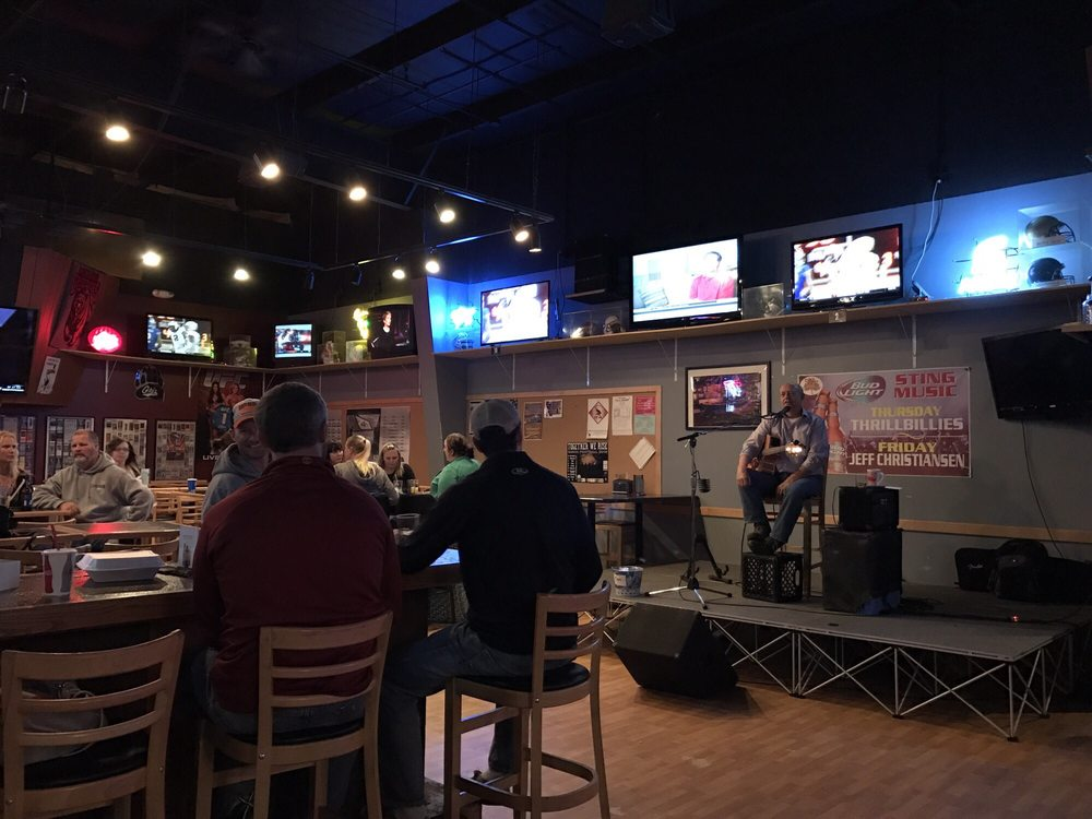 Social Spots from The Sting Sports Bar & 5th Quarter Casino