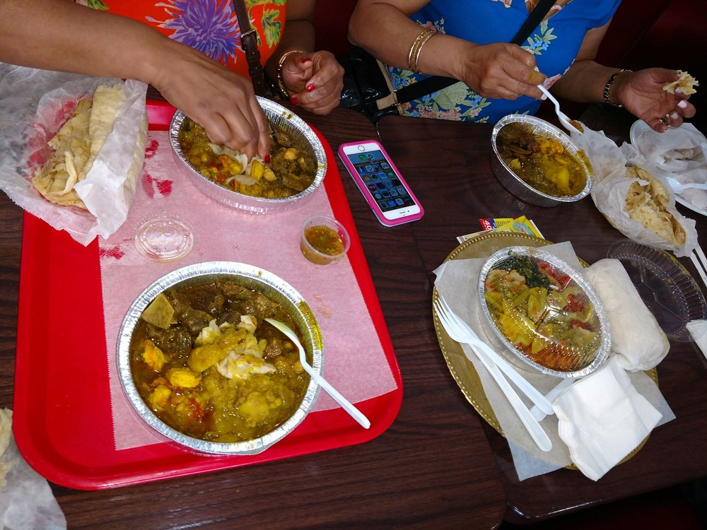 Dolly's Caribbean Restaurant: 1280 W Bay Dr, Largo, FL