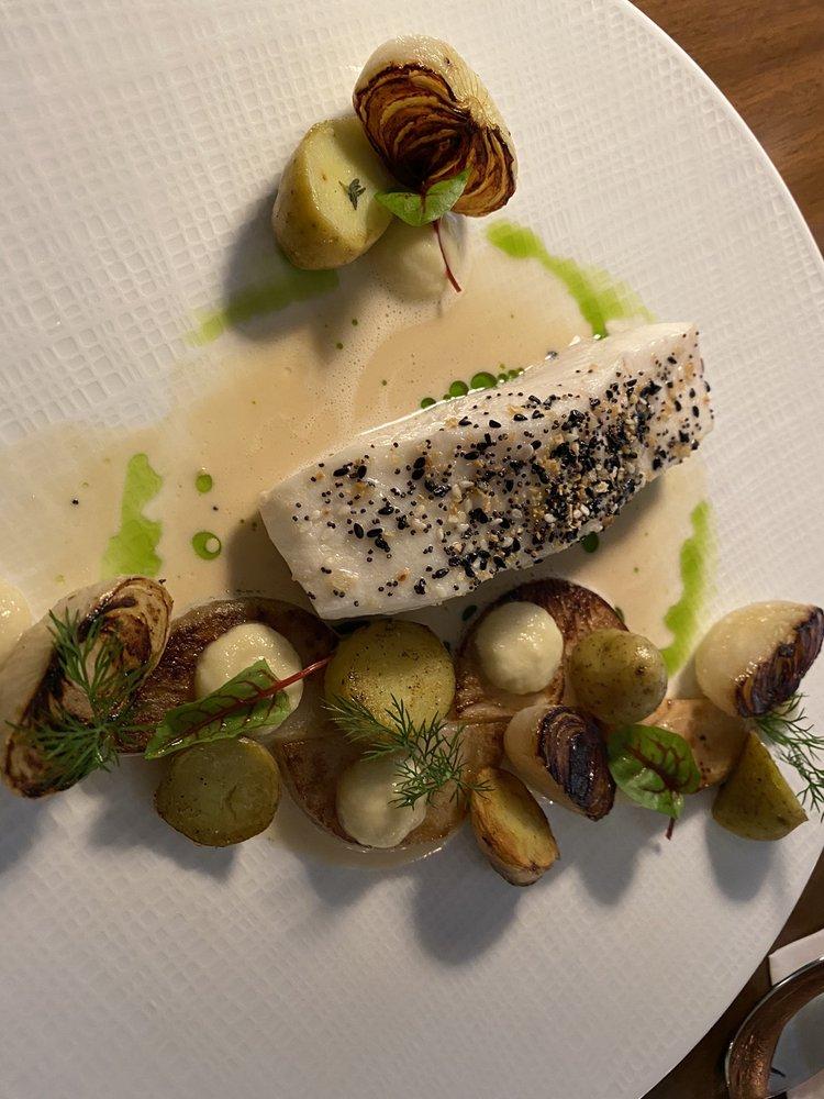 Food from Glass Light Restaurant
