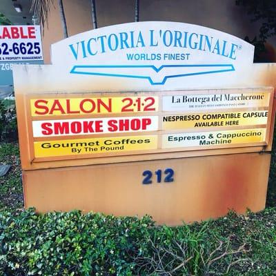 The Glass Market Smoke Shop 212 N Federal Hwy Dania, FL