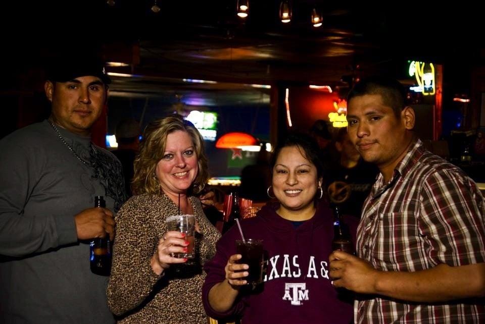 The RiverBend Sports Bar: 1603 N Saint Marys St, Beeville, TX