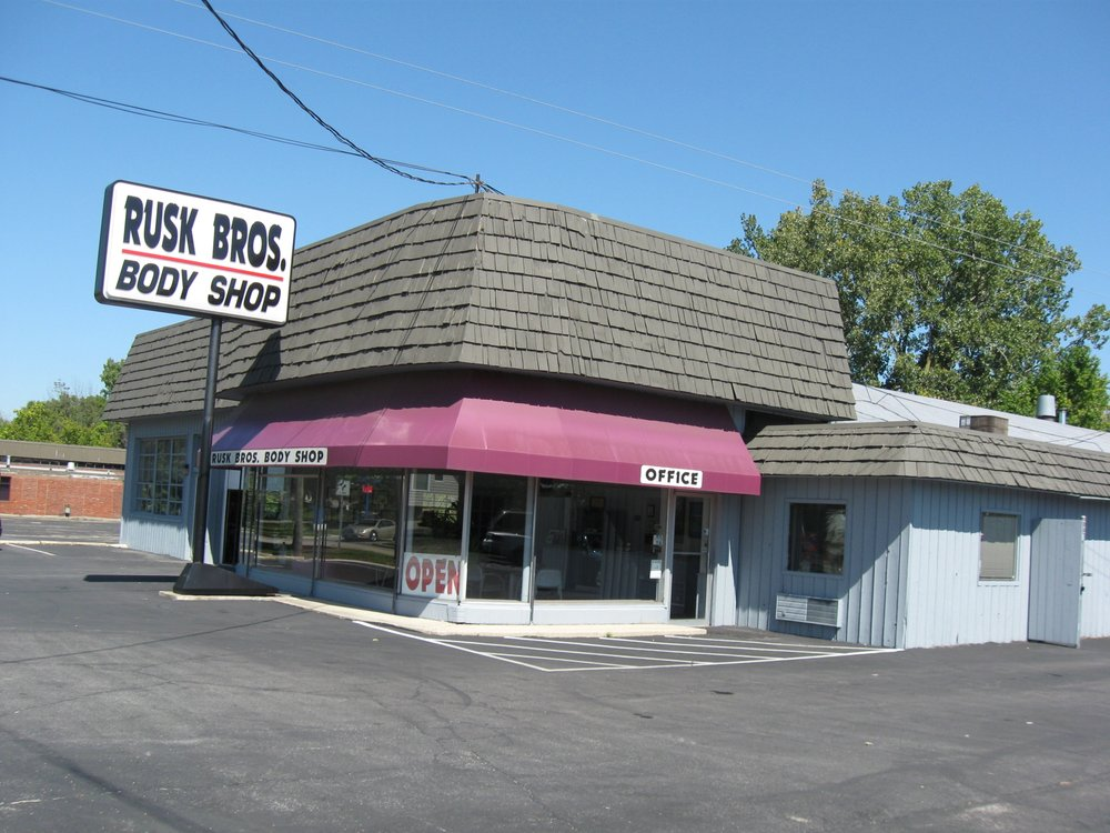 Rusk Bros Body Shop: 621 S Sandusky St, Delaware, OH
