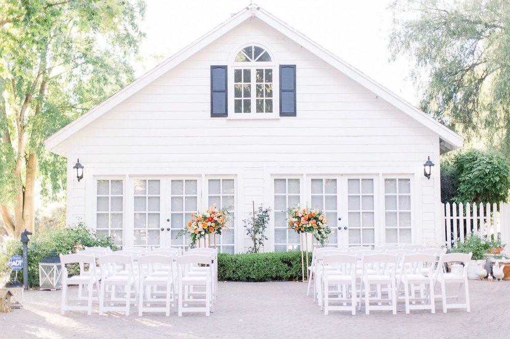 Whispering Oaks Chapel: Agoura Hills, CA