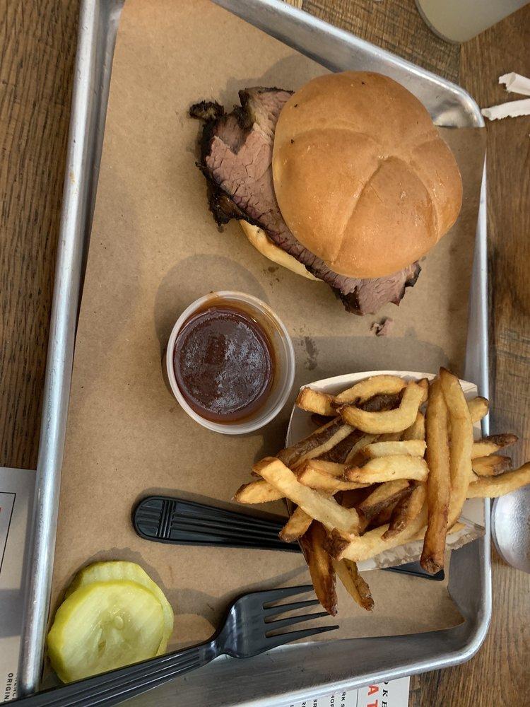 Black Hog BBQ: 118 S Market St, Frederick, MD