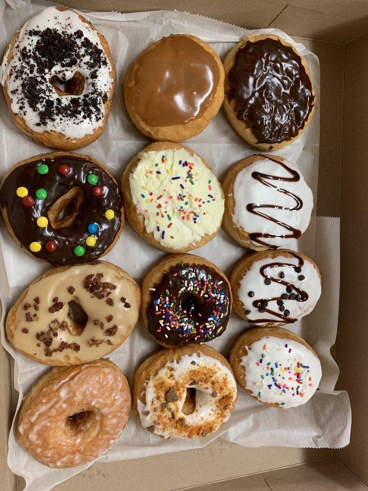 Top O' The Mornin' Donut & Coffee Shop: 111 S 2nd Ave, Elizabeth, PA