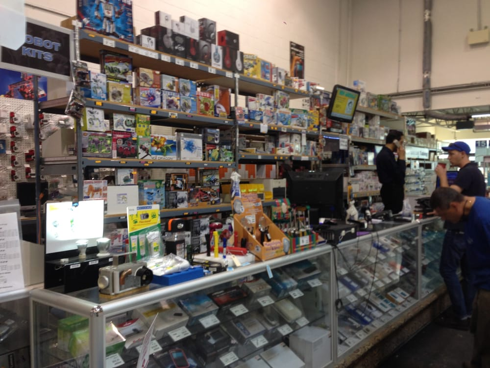Photo of Sayal Electronics - Concord, ON, Canada. Geek's heaven?