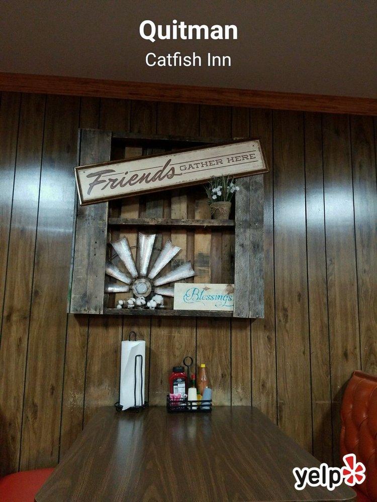 Catfish Inn: 1650 Arcadia Hwy, Quitman, LA