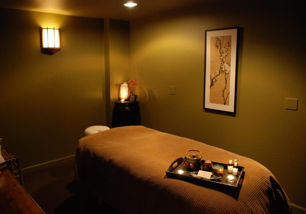 The Green Room Salon And Day Spa