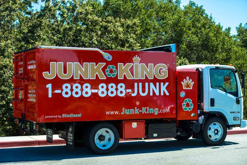 Junk King Des Moines: 1710 Guthrie Ave Suite J, Des Moines, IA