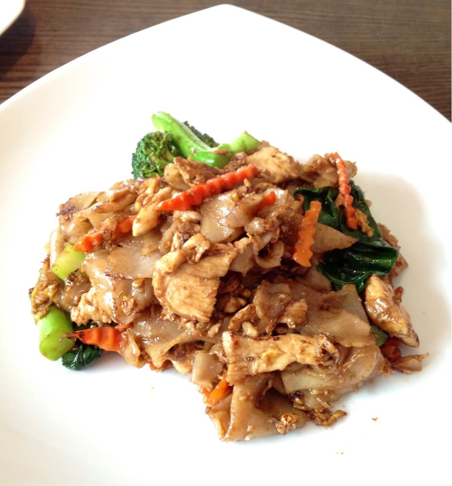 Pad see ew with chicken yelp for 5 star thai cuisine