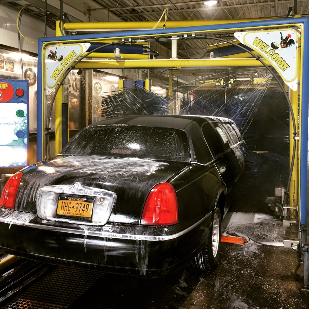 Wash N Roll Car Wash & Auto Repair: 120 W Suffolk Ave, Central Islip, NY
