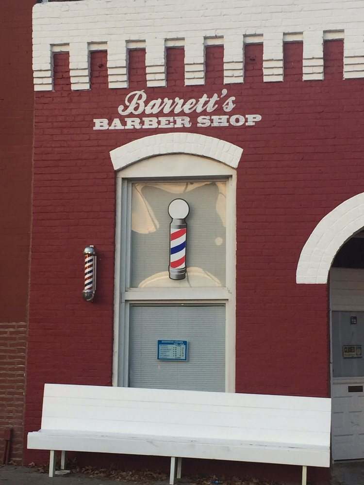 Barrett's Barber Shop: 306 Public Sq, Watertown, TN