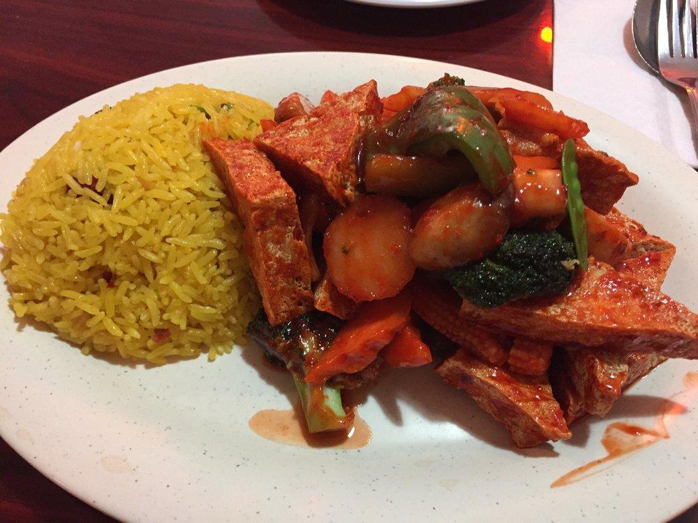 Red Flower Chinese Restaurant: 176 Kents Ridge Rd, Richlands, VA