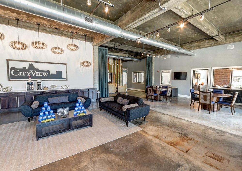 CityView Apartment Homes: 316 King St, Greensboro, NC