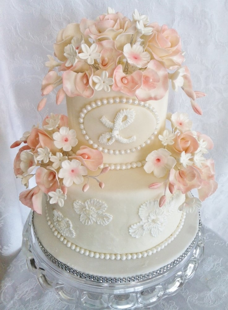 Lisa's Cakes: 2341 N State Rt 123, Lebanon, OH