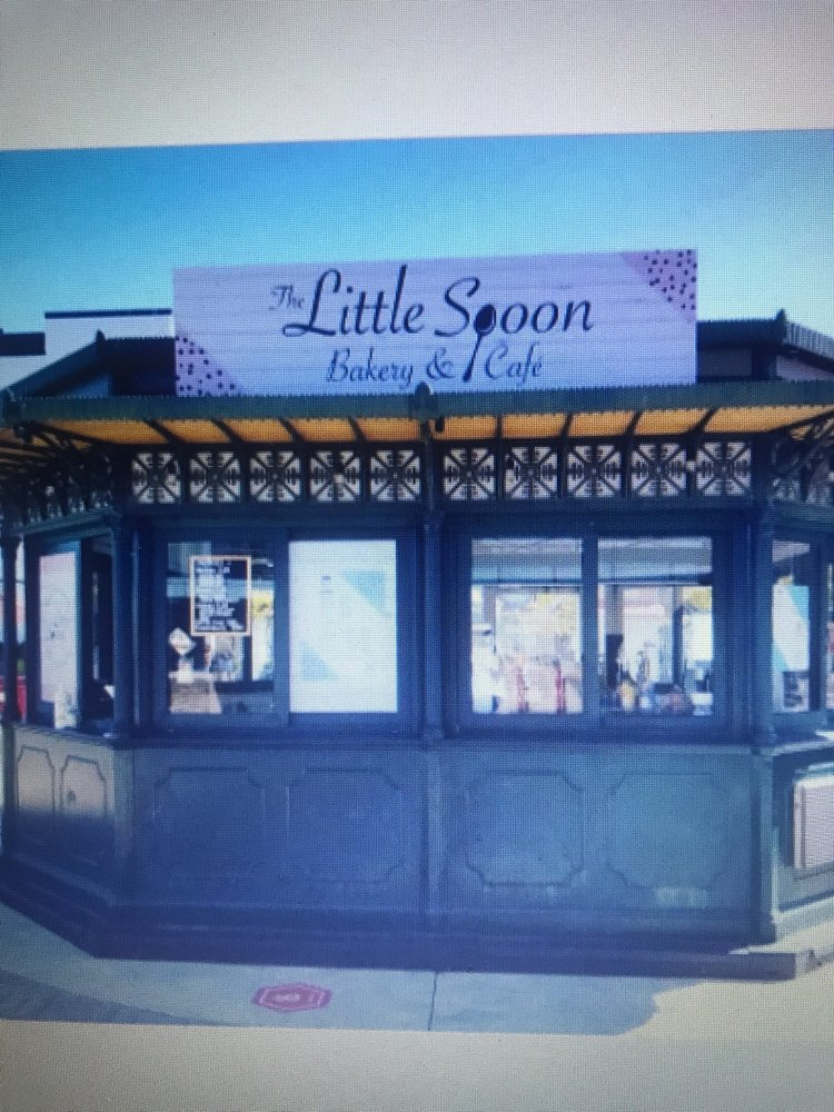 The Little Spoon Bakery & Cafe: 1 Levee Way, Newport, KY