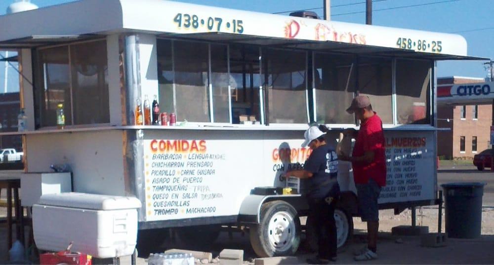 D Rick's Taqueria Trailor: W Hwy 83, La Joya, TX