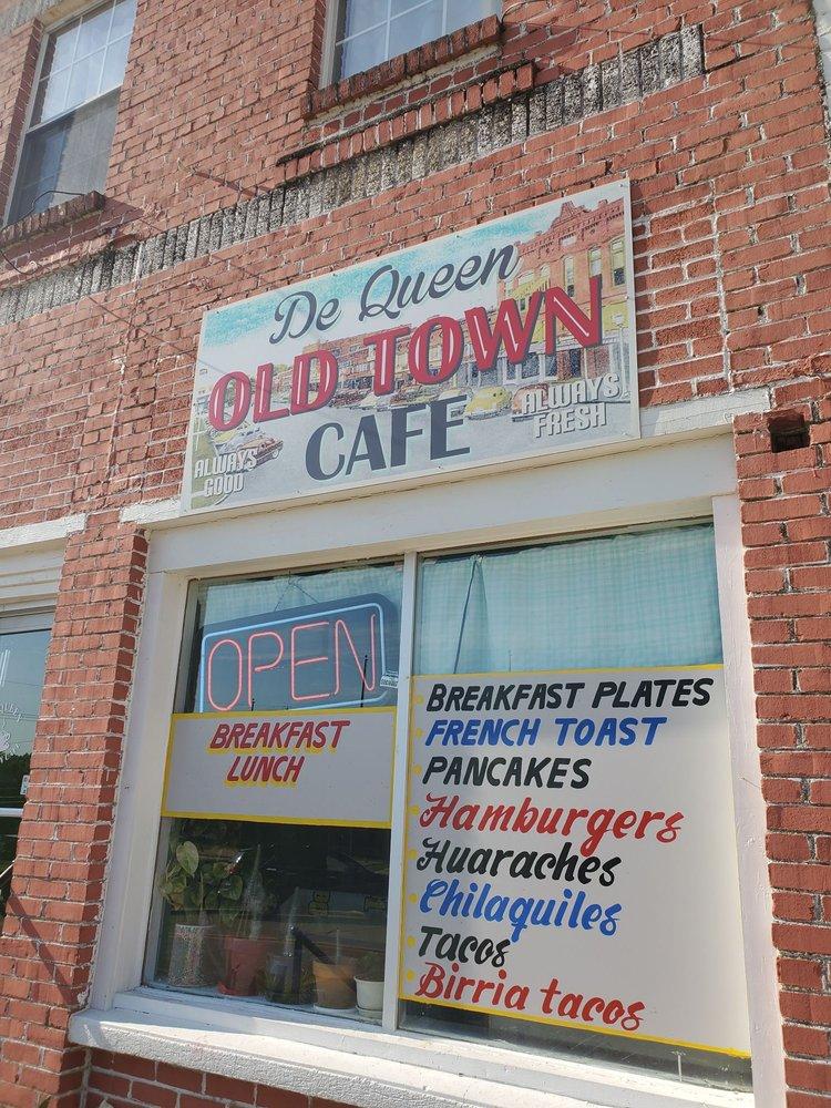 De Queen Old Town Cafe: 113 W Dequeen Ave, De Queen, AR