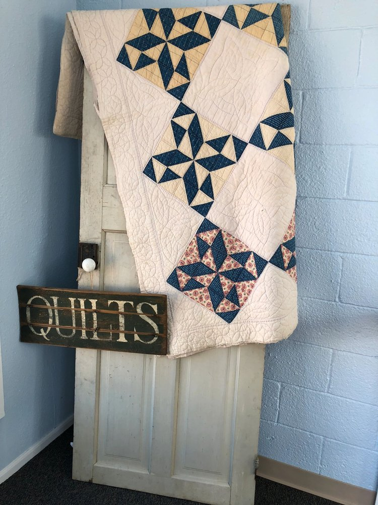 The Quilted Heart: 973 Main St, Limon, CO