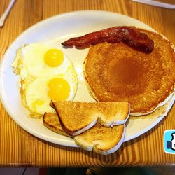Skillets 171 Photos 199 Reviews Breakfast Brunch 4170 Tamiami Trl N Naples Fl Restaurant Phone Number Menu Yelp