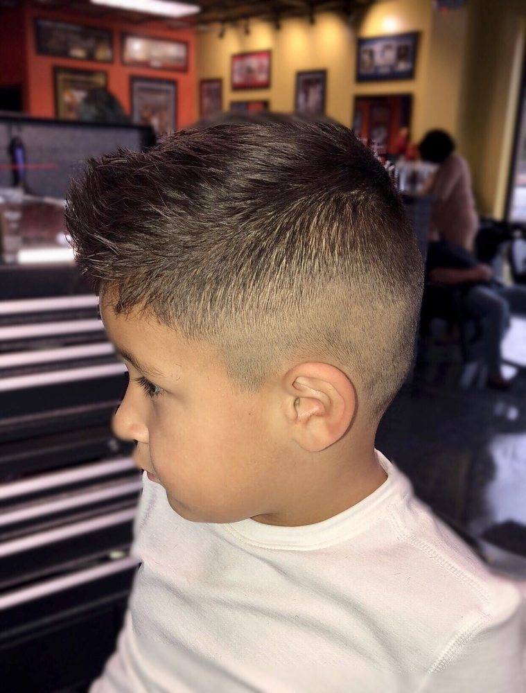 good hair styles for men s haircuts for 10 photos hair salons 2556 | o