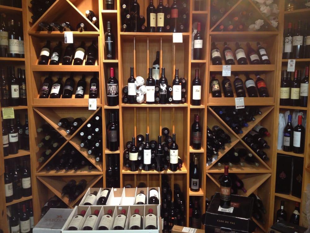 Sylvan Quality Market: 2310 Orchard Lake Rd, Sylvan Lake, MI
