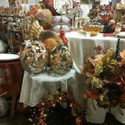 Riegsecker Marketplace Shops
