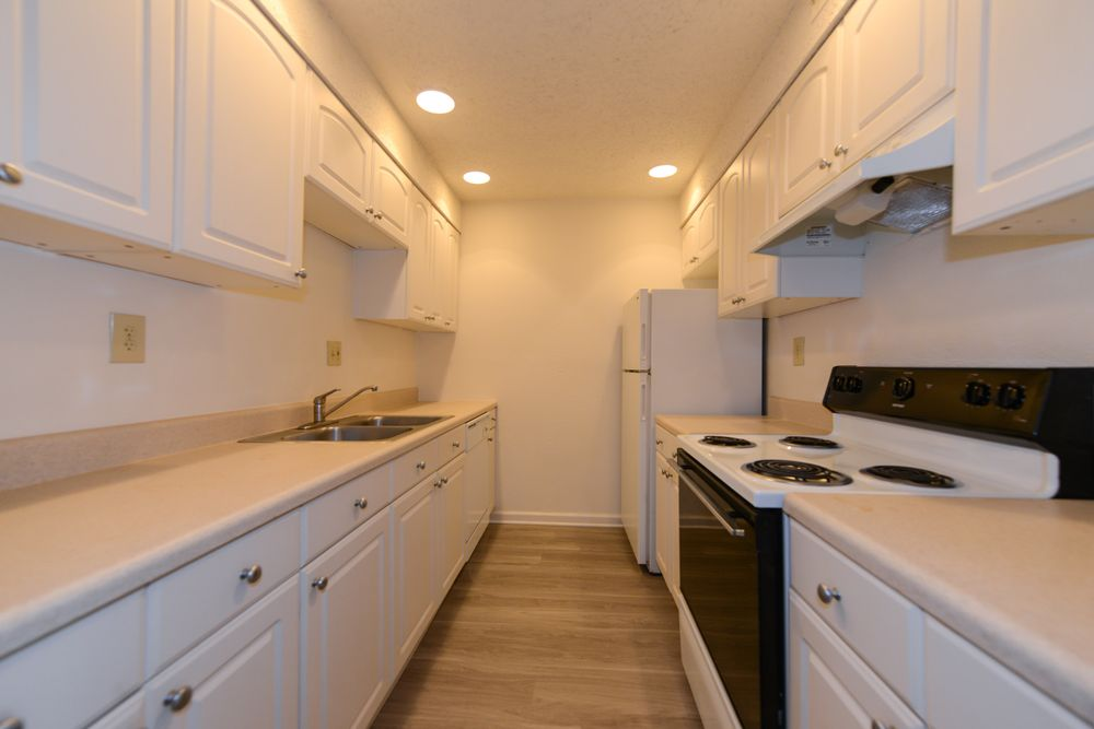 Three Rivers Apartments: 900 Gracern Rd, Columbia, SC