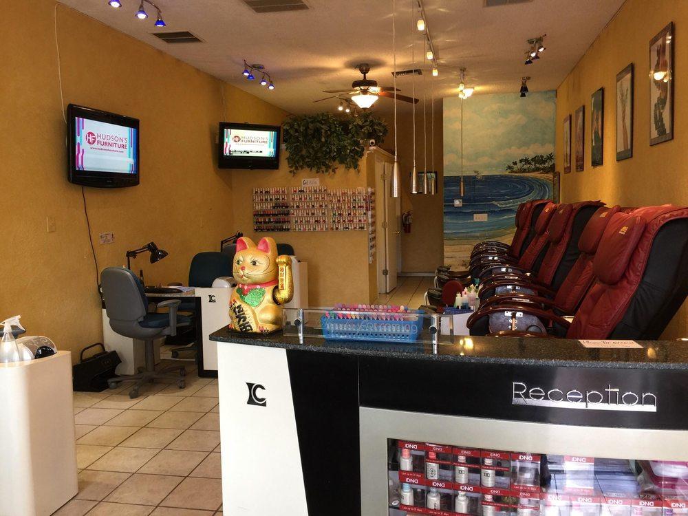 Crystal's Nails & Spa: 1401 Gulf Blvd, Indian Rocks Beach, FL