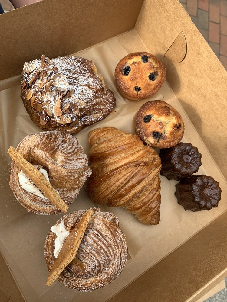 Food from Réunion Bakery & Espresso