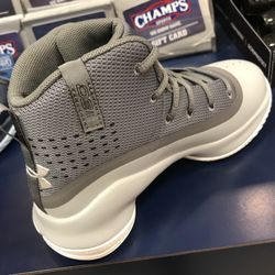 f2e04fa6ecf3 Champs Sports - Sporting Goods - 22500 Town Cir