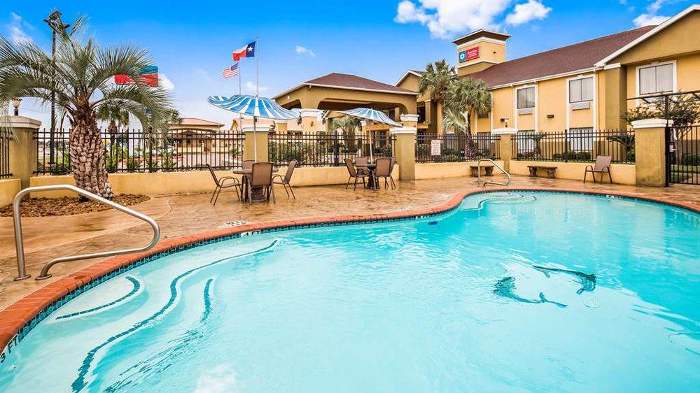 SureStay Plus Hotel by Best Western Alvin: 1535 S Bypass 35, Alvin, TX