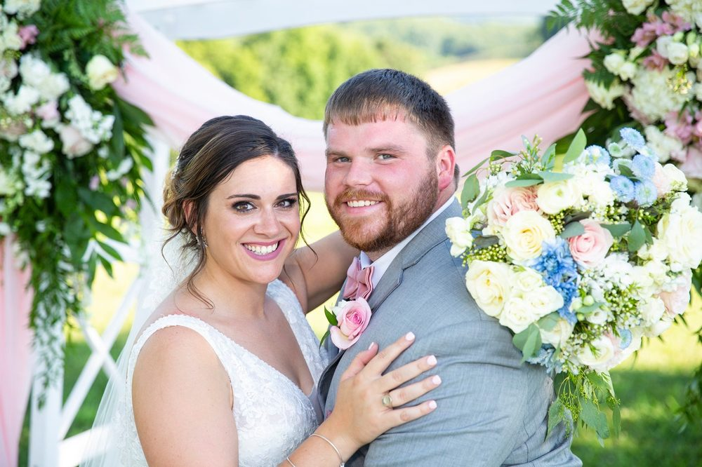 Becky's Bridal & Formal: 2127 Magnolia Ave, Buena Vista, VA