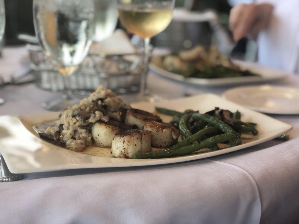 Rose Villa Southern Table & Bar