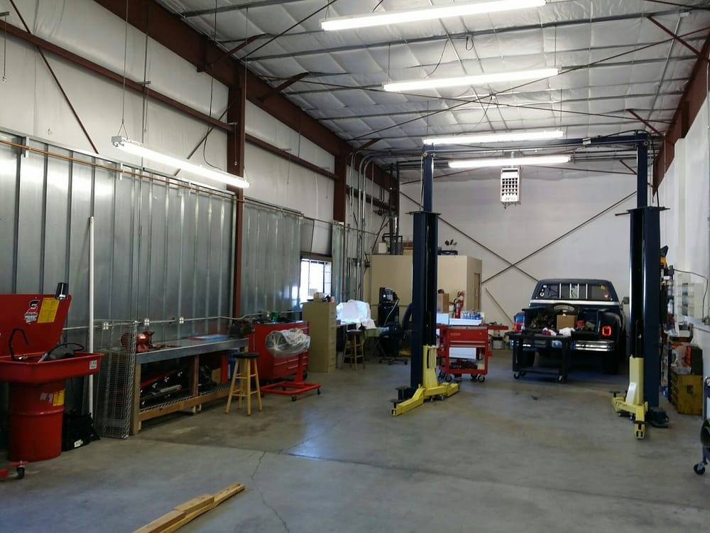 Mountain Motors: 435 Commerce Cir, Mammoth Lakes, CA