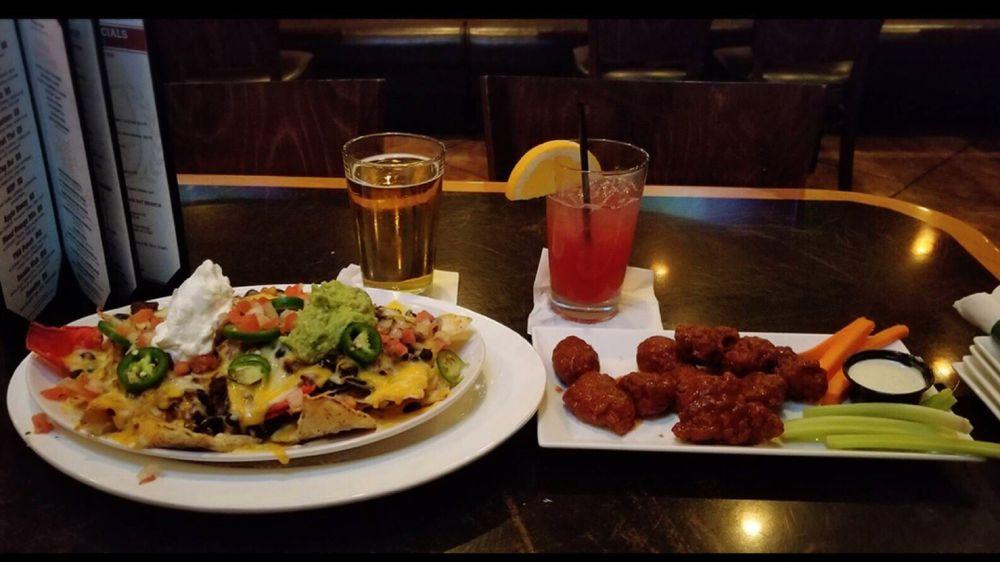 Prime Time Sports Bar & Grill: 11250 James Swart Cir, Fairfax, VA