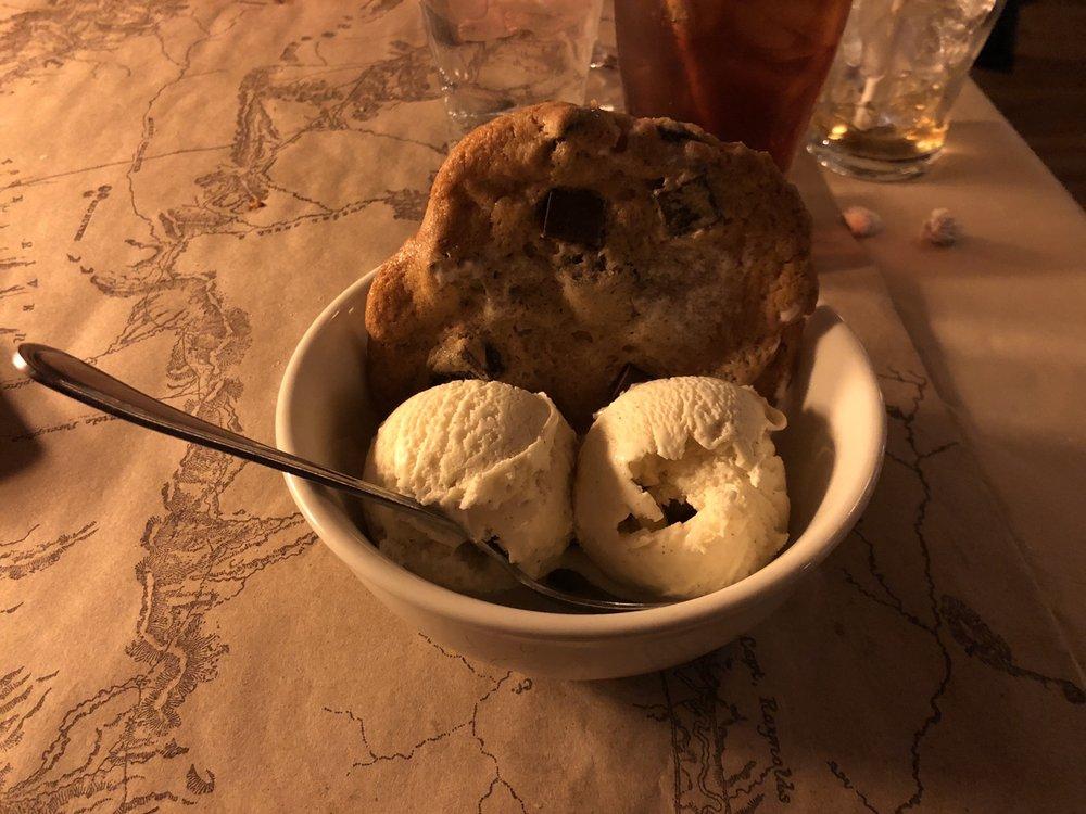 Ted's Montana Grill - Aurora: 16495 East 40th Cir, Aurora, CO
