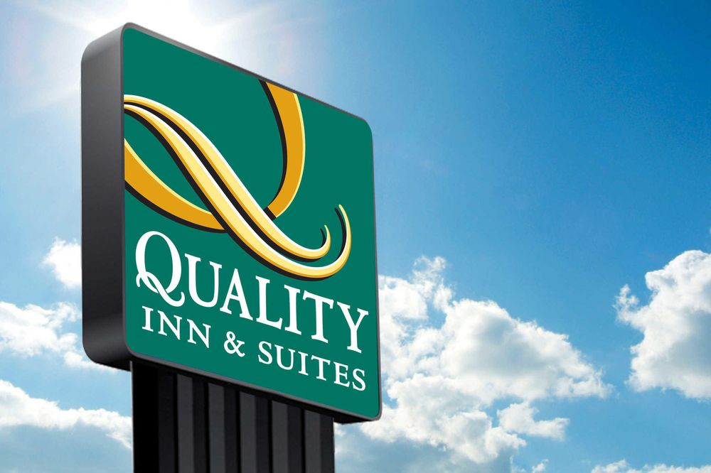 Quality Inn & Suites: 615 S Hwy 77, Robstown, TX