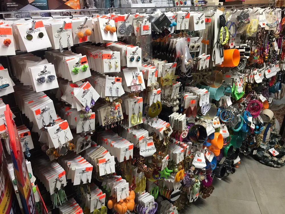 Gmart Store: Carretera 250 S/N, Culebra, PR
