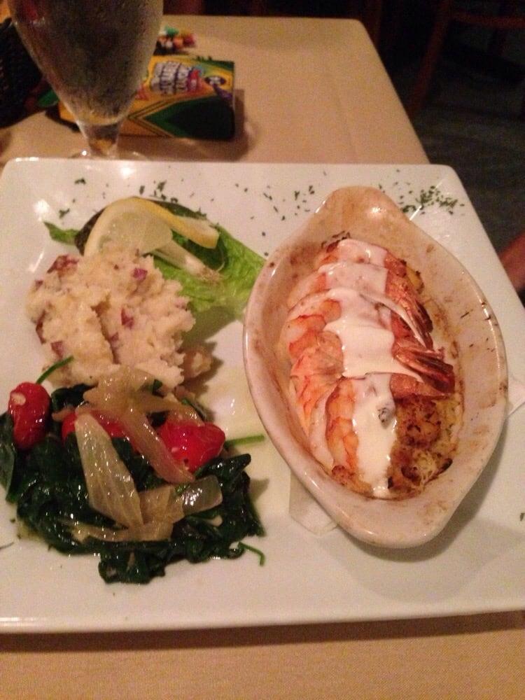 The fishmonger restaurant 14 photos 43 reviews for Fish restaurant fort myers