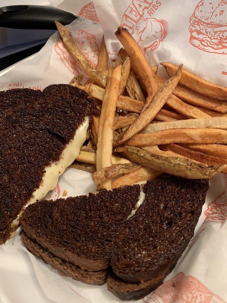 Redneck Meats BBQ: 200 Arrowhead Ln, Moose Lake, MN