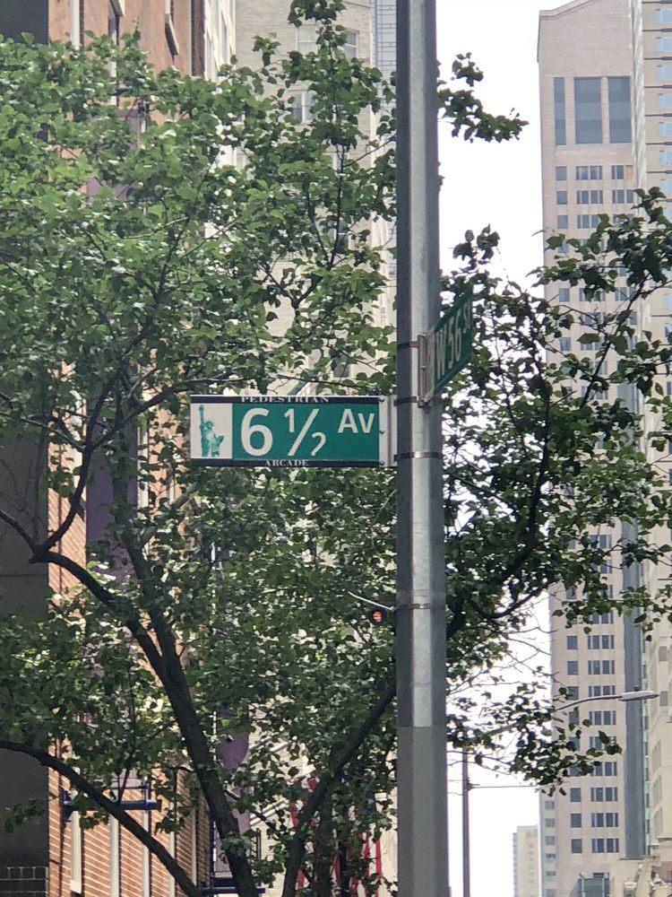 6 1/2 avenue: 6 1/2 Ave Pedestrian Arcade, New York, NY