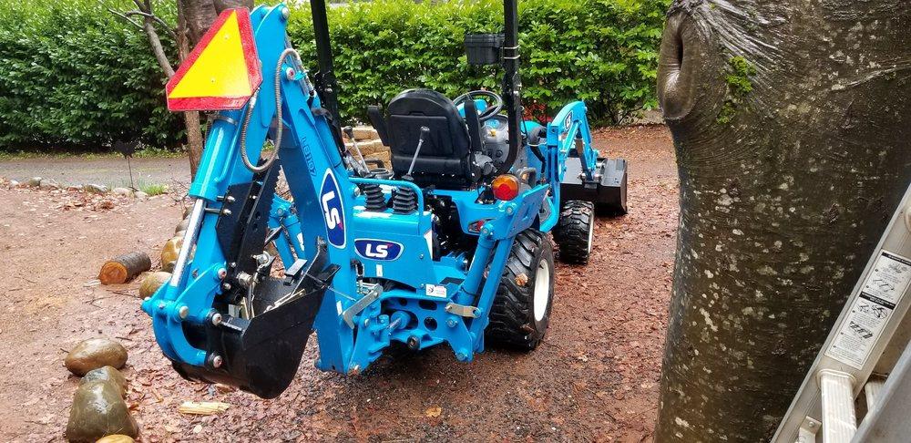 Lane Tractor Sales: 7980 HWY 99E, Los Molinos, CA