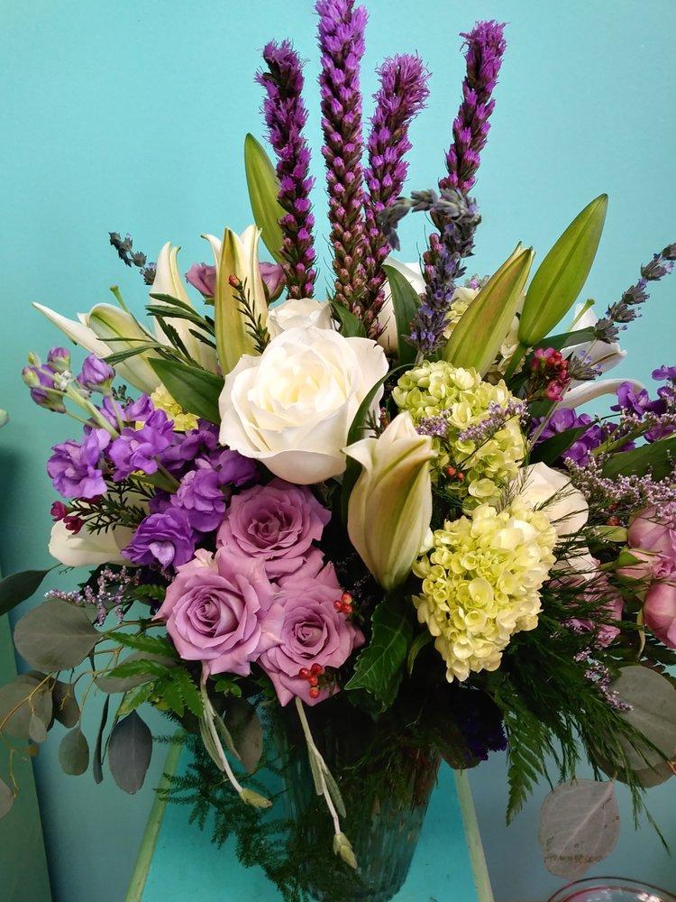 Florevermore Florist: 4311 Norfolk Pkwy, West Melbourne, FL