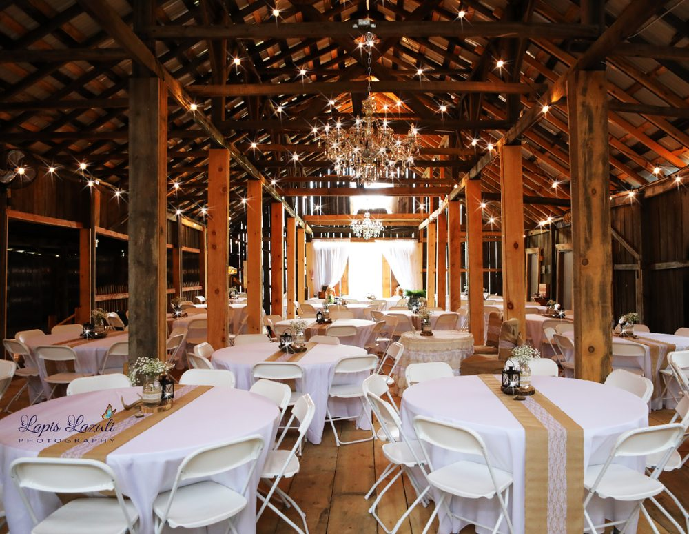 Red River Gorge Wedding Barn & Event Venue: 400 Glen Cairn Rd, Rogers, KY