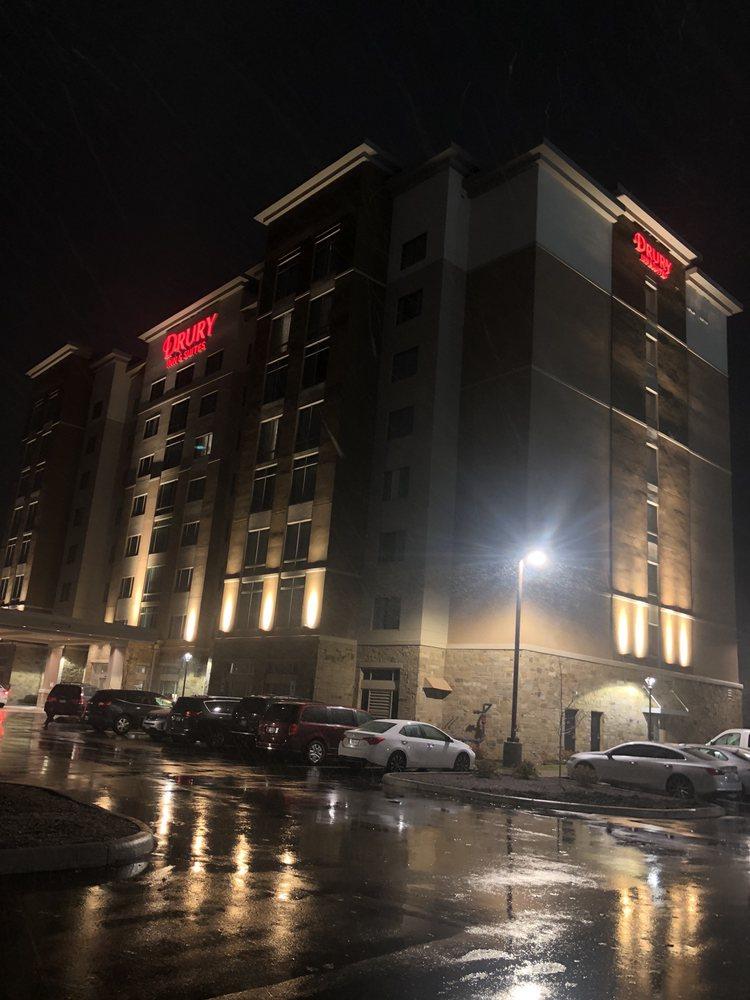Drury Inn & Suites - Mason: 9956 Escort Dr, Mason, OH