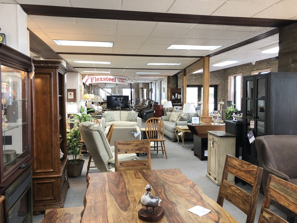 Young American Furniture: 2450 Bedford St, Johnstown, PA